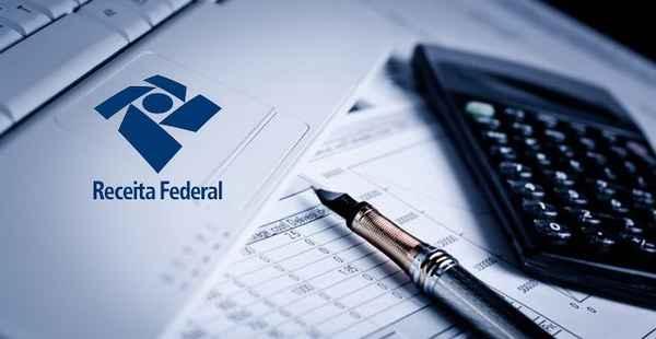 Receita Federal notifica contribuintes com pendências